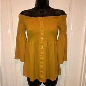 ⭐️NWT⭐️ Golden Off Shoulder Top by Panhandle
